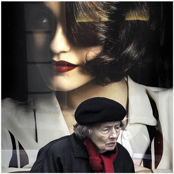 Yves Lefloch - N1 Papier couleur,  11ème photo Médaille Reportage